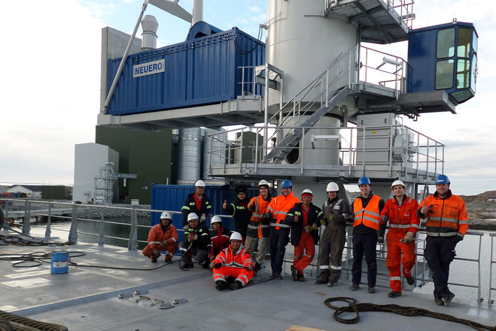 NEUERO Specialist for Ship Loading and Unloading